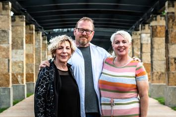 Carole, Adam & Shellie - Under Archway (