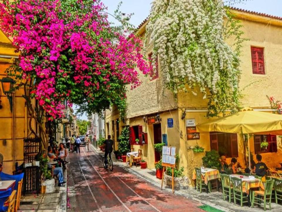 יוון, קרפניסי - יוני\יולי
