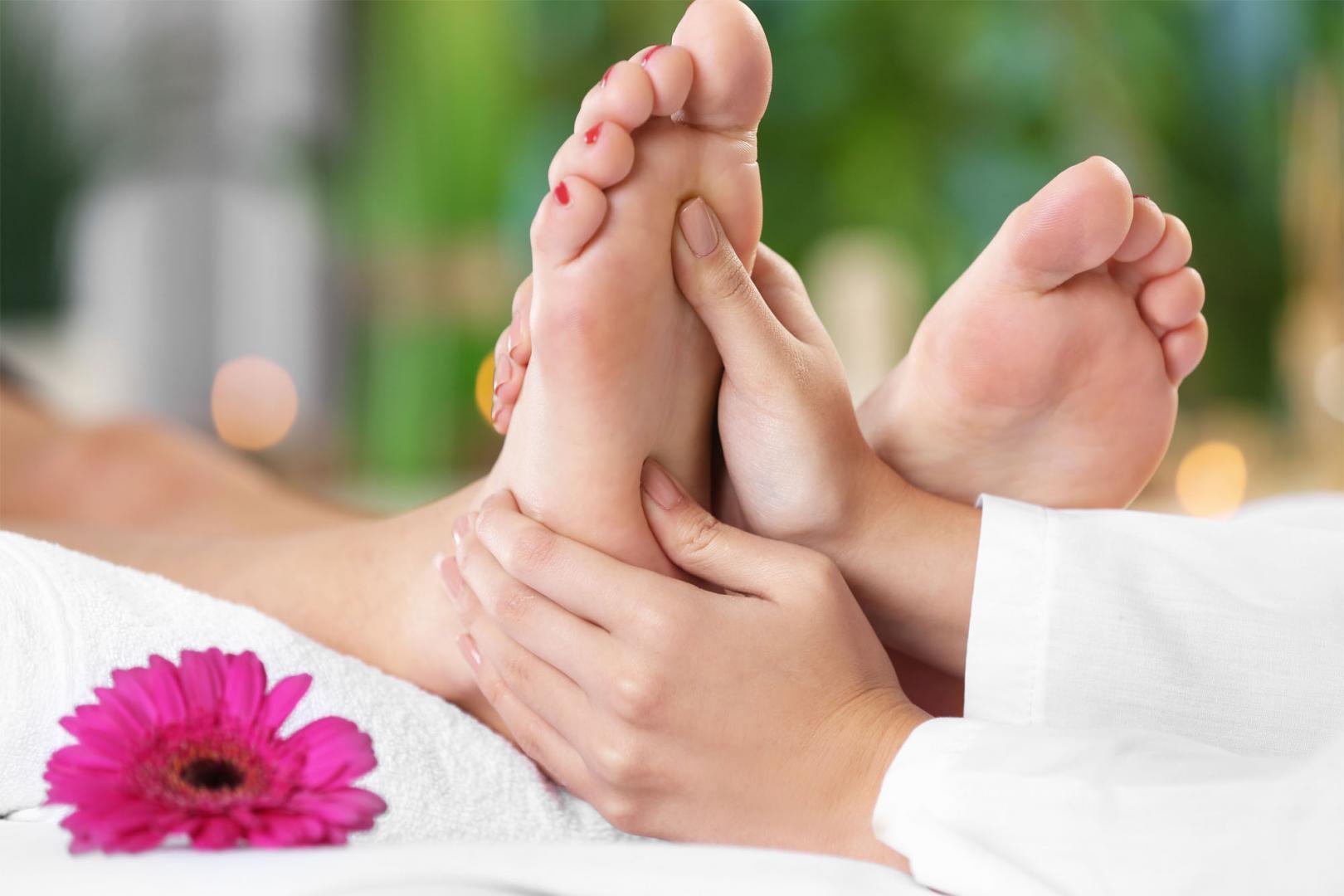 90 min - Indulge Hand & Foot Reflexology