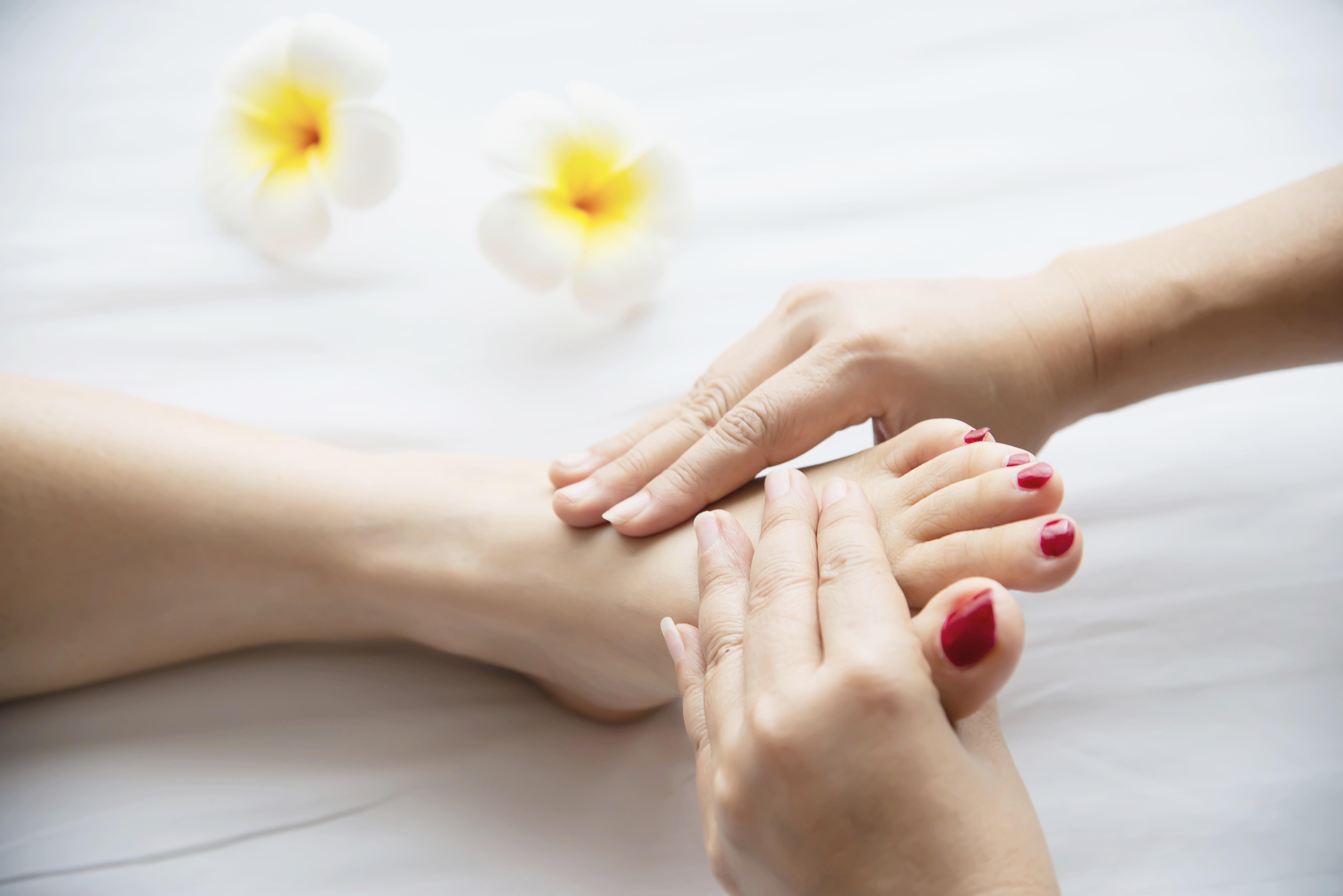 Mon - Thu Special 60min - Foot Massage