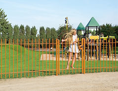 LAKZJ2_SMKL_3006WSI_SWING40__Girl_on_ora
