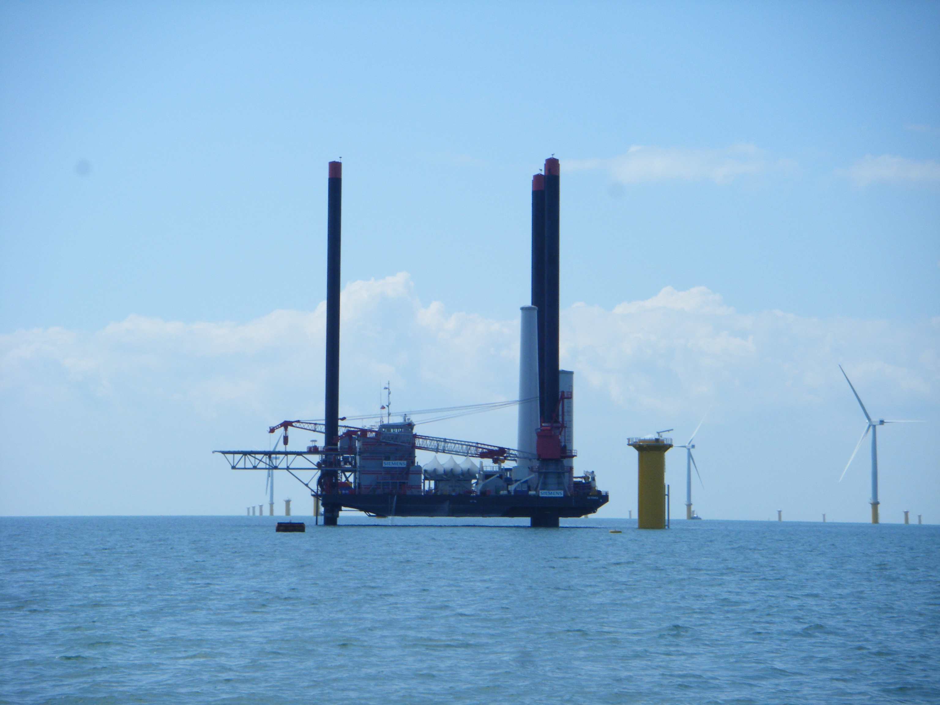 AGC - off-shore construction support