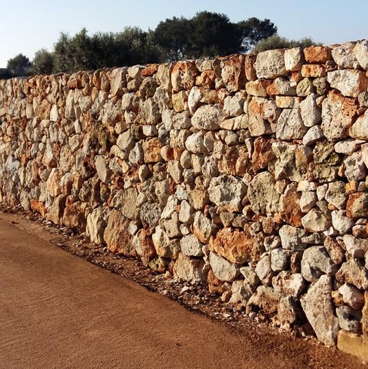 Muro con pietra invecchiata cod. 05