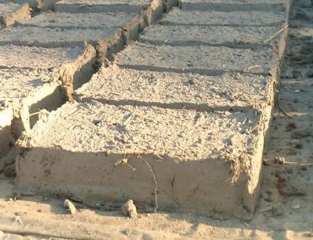 El adobe, un material sostenible, sano y económico
