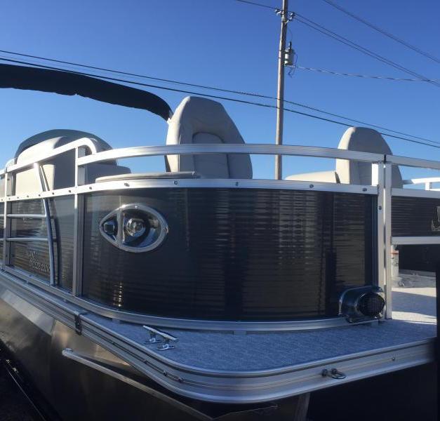 Landau Island Breeze Sport Cruise Fish Rear