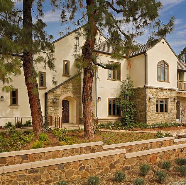 The Bungalows at Ambassador Gardens | Pasadena, CA