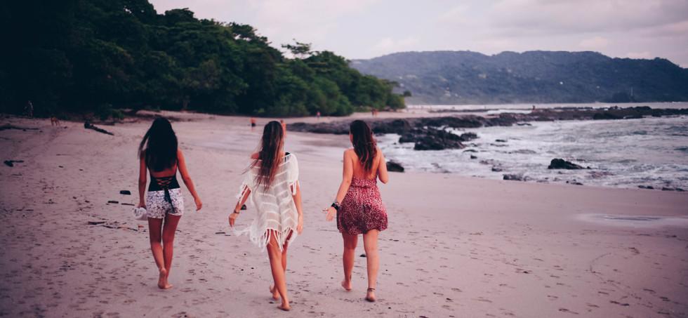 Nekaui-Property-costa-rica-beach-friends