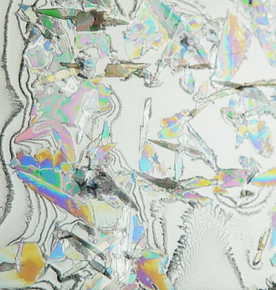 Colorful surfactant crystals