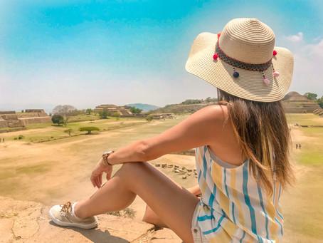 Recorriendo Mitla y Monte Albán