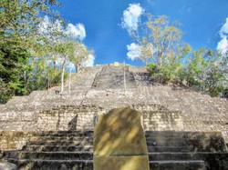 Base de la pirámide 1