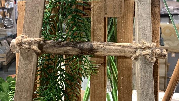 Échelle décorative en bois