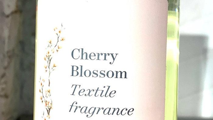 Spray désodorisant textile Cherry Blossom