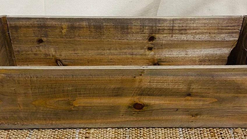 Boîte bois foncé