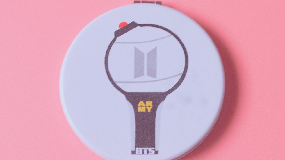 BTS, Blackpink, Izone Mirror