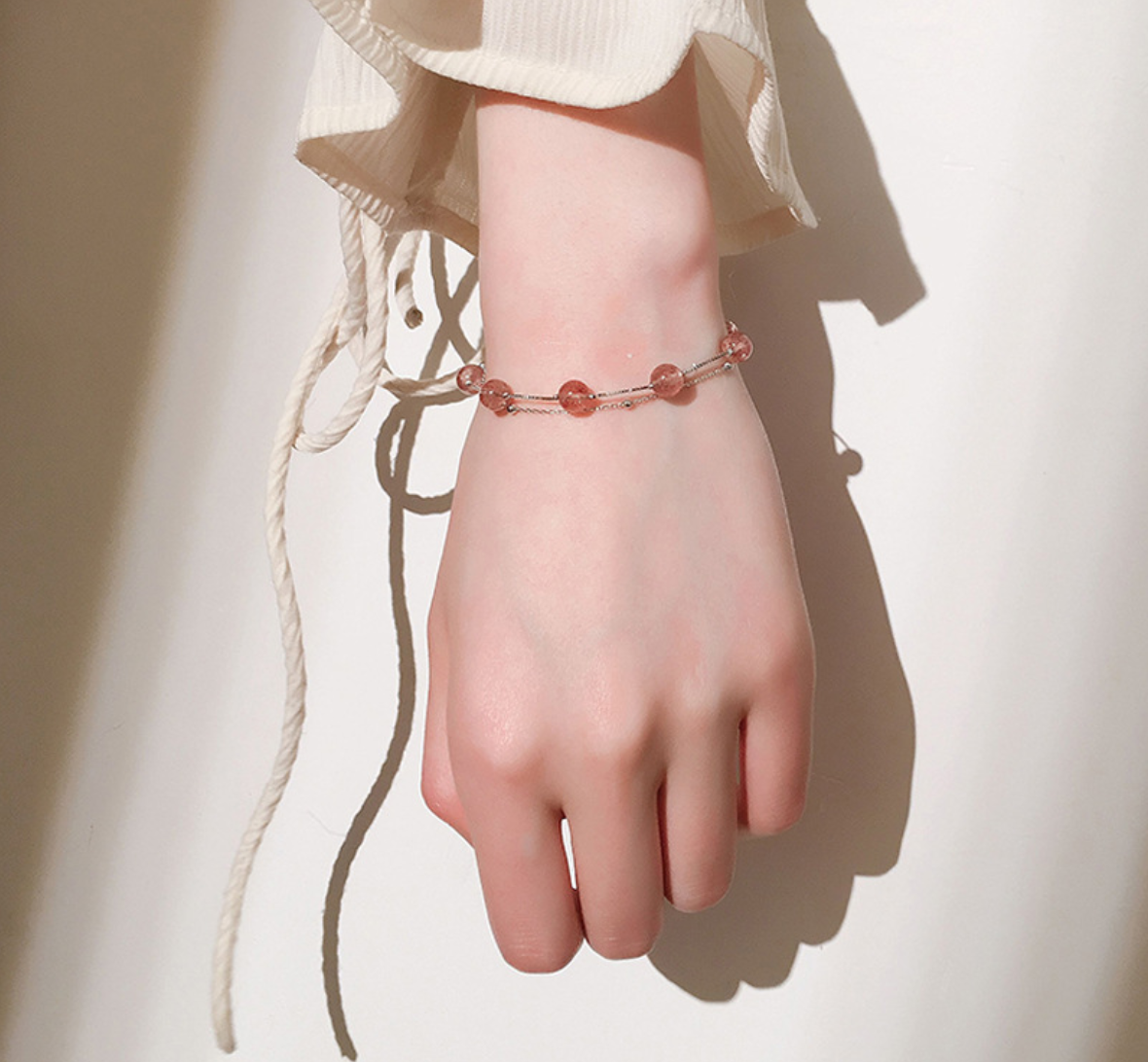 Strawberry krystal Bracelet 2.png