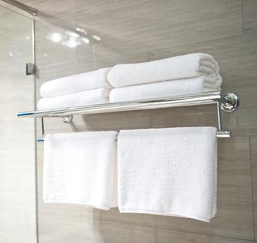 Hotel%252520towels_edited_edited_edited.jpg
