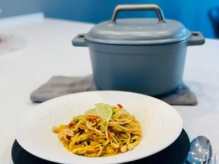 Asiatische One Pot Pasta | 5,7 Liter Gusseisen-Topf | Pampered Chef®