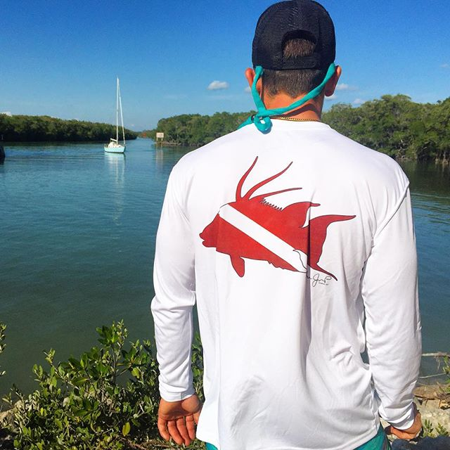 Dive hogfish performance shirts are stocked up! Get yours online. #ruler #hogfish #online www.Jessie