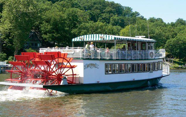 Kalamazoo River Stern Wheeler