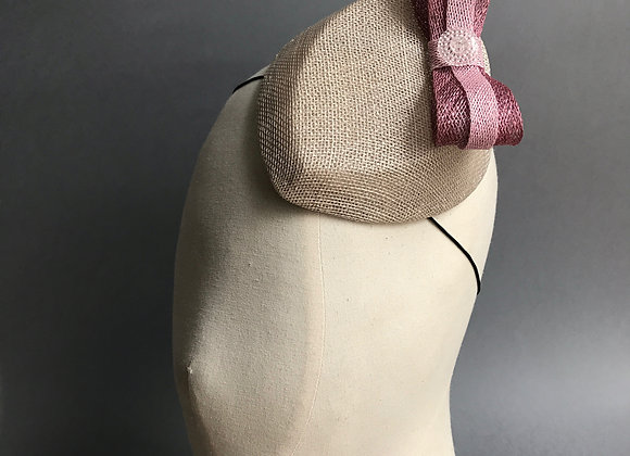 Cream Teardrop with Pink Bow