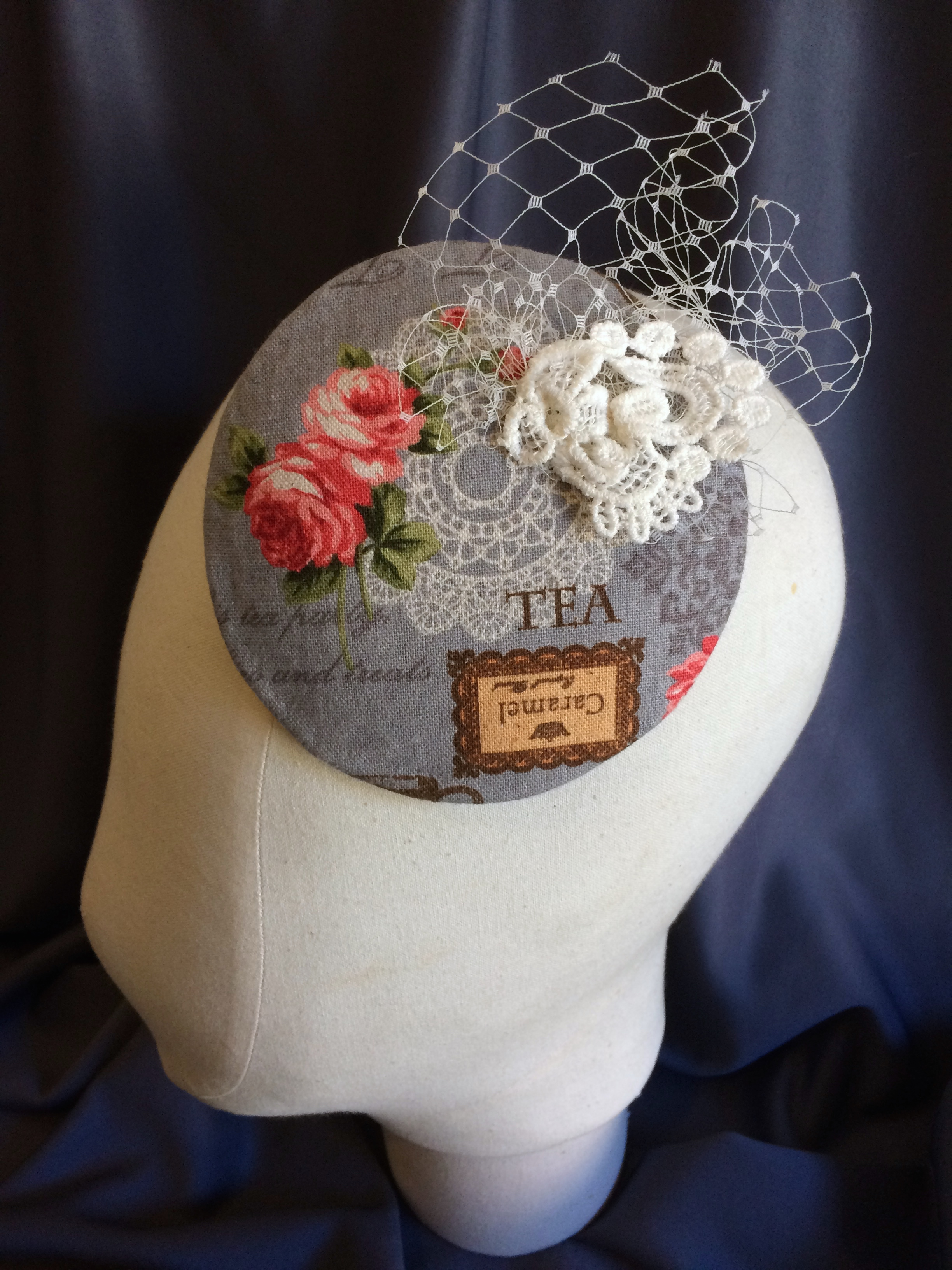 Tea party fascinator