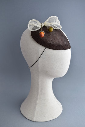 Brown & Cream Percher Hat with Acorns