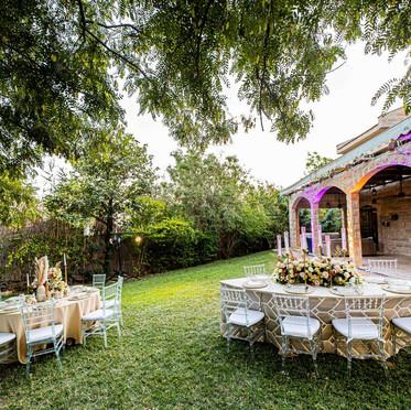 חתונה יוקרתית בחצר וילה במרכז הארץ