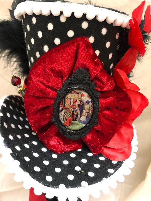 Queen of Hearts Mini Top Hat