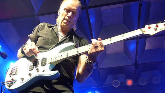 The Winery Dogs - Billy Sheehan bass solo - 10/16/15