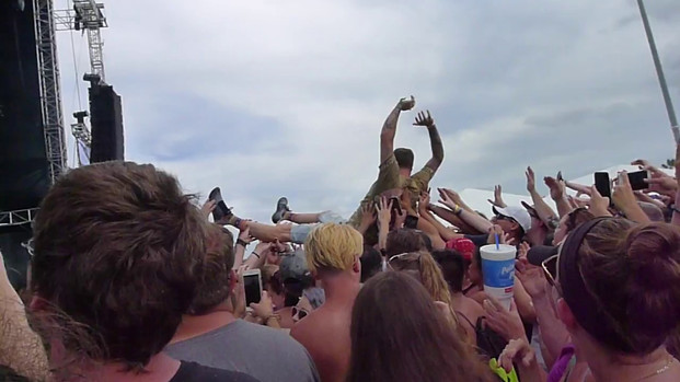 Highly Suspect - their bass player crowdsurfing - 4/30/17