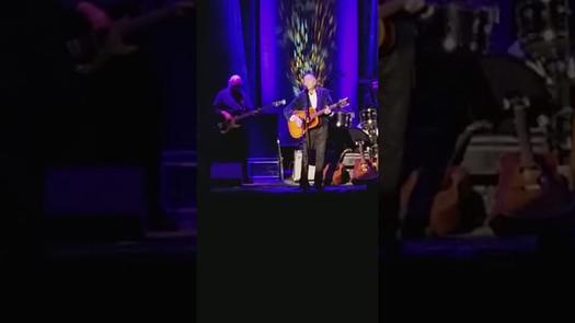 "Gordon Lightfoot - ""meeting Elvis"" & Early Morning Rain - 2/21/18"