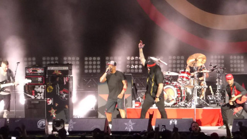 Prophets Of Rage - How I Could Just Kill A Man -10/2/16