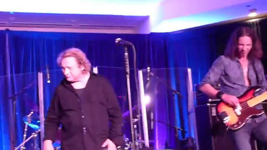 Lou Gramm - Hot Blooded (Foreigner cover) - 7/31/14