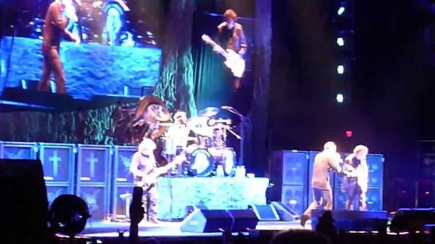 Black Sabbath - Children Of The Grave - 7/29/13