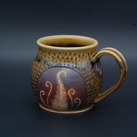Hannah Themann - Lunar Honey Ceramics