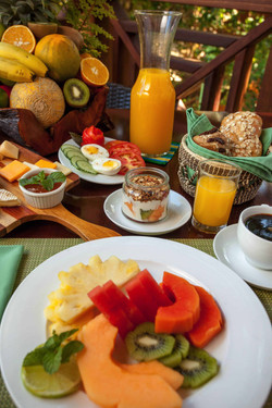 Hamanasi restaurant Breakfast Hopkins Be