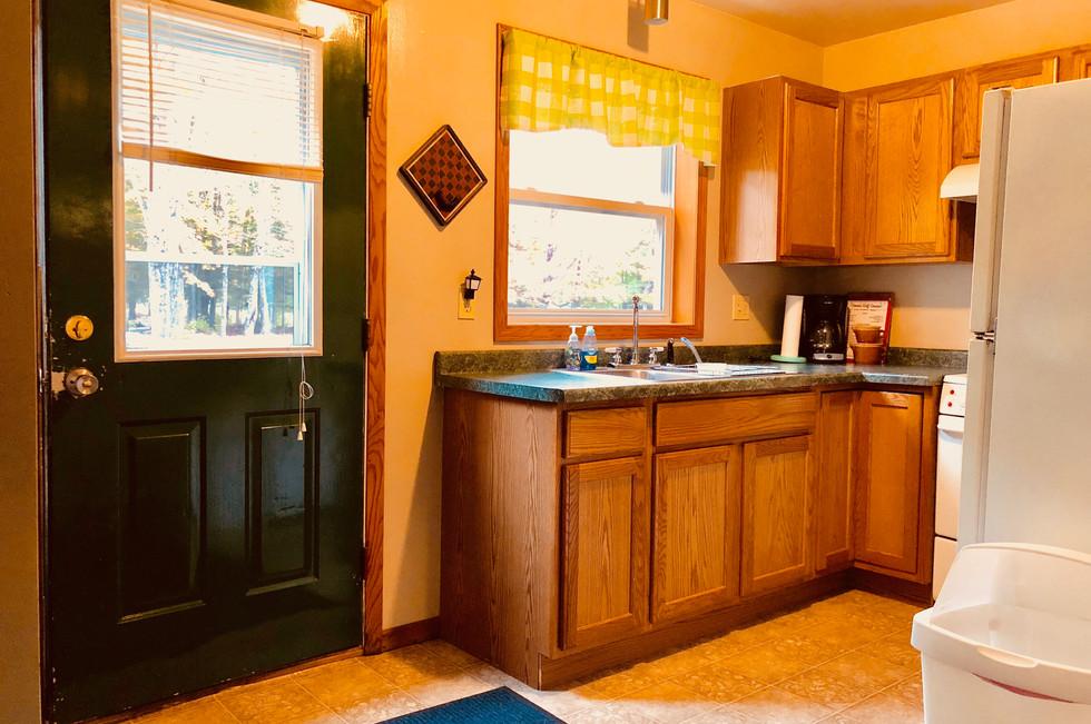 Cabin Rental with Kitchen
