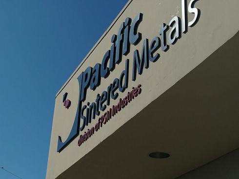 07_Metal-signs-Los-Angeles.jpg