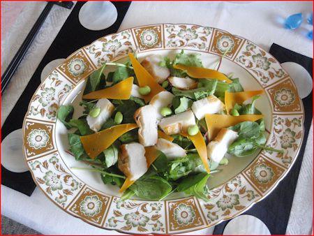 笹かまとミモレットチーズのサラダ