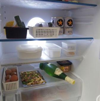 夏の冷蔵庫はズバリ!詰めすぎに気をつけよう