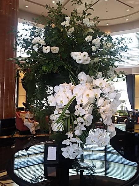 ウエスティンホテル ロビーの花
