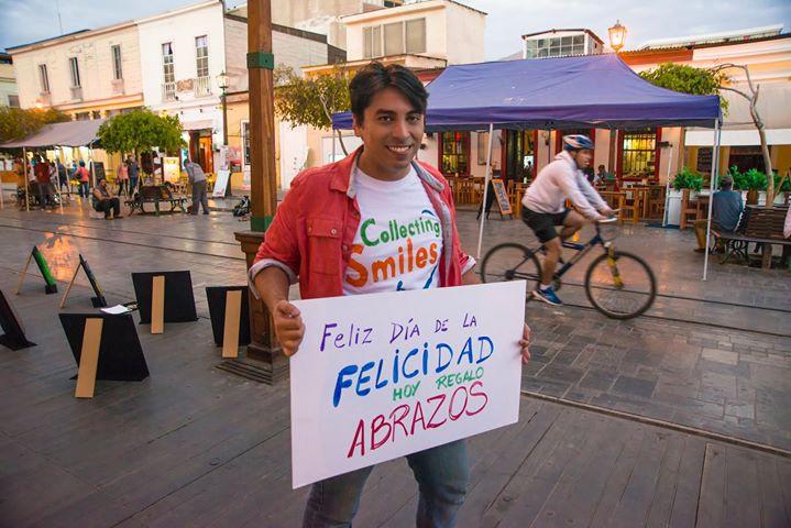 Facebook - ¿Quién quiere un abrazo? ;)