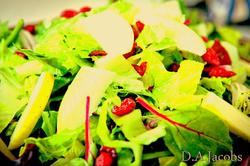 Mixed Greens w/ Apples & Cranberries