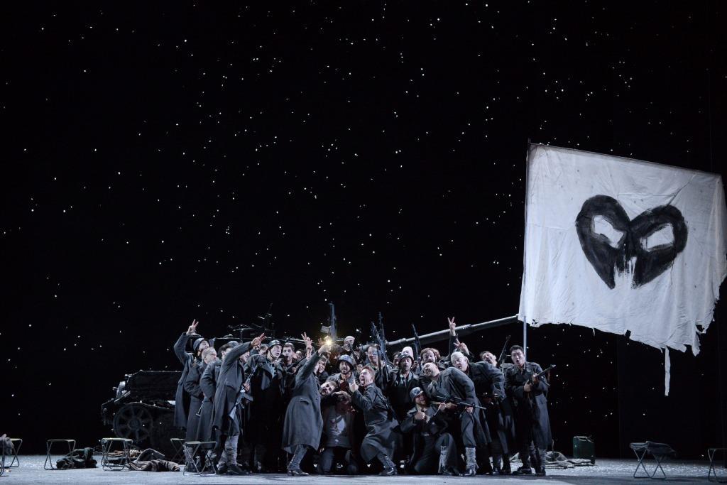 Production Still from Il Trovatore
