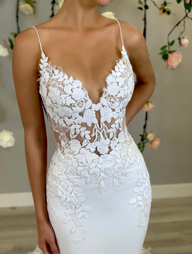 Enzoani_Pearl_Front