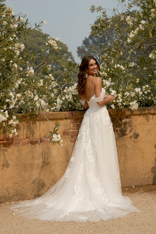 ELORA-ML8518-IVORY-LACE-AND-TULLE-GOWN-W