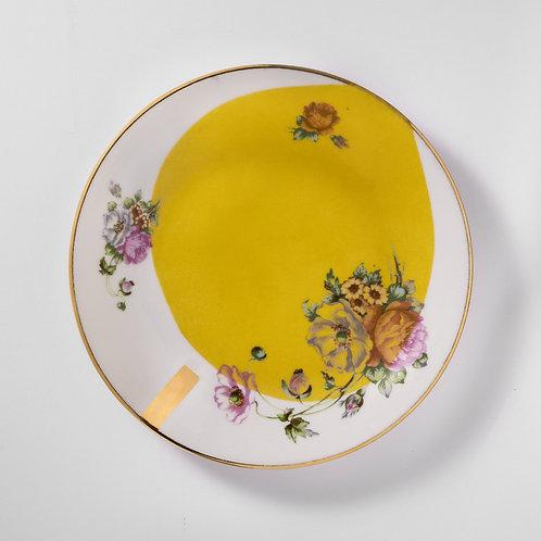 Assiette à dessert en porcelaine fine vintage