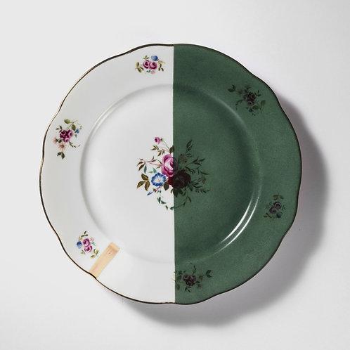 Assiette plate au décor fleur rose