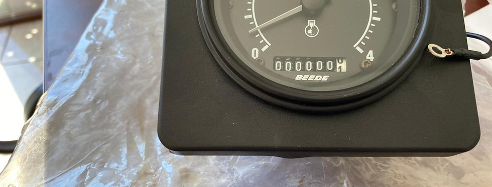 TACHOMETER FROM 0 TO 4000 RPM
