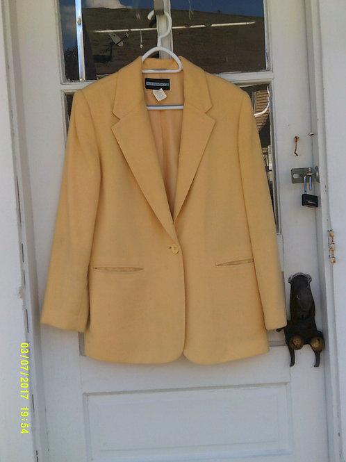 Pale Yellow Light Weight Wool